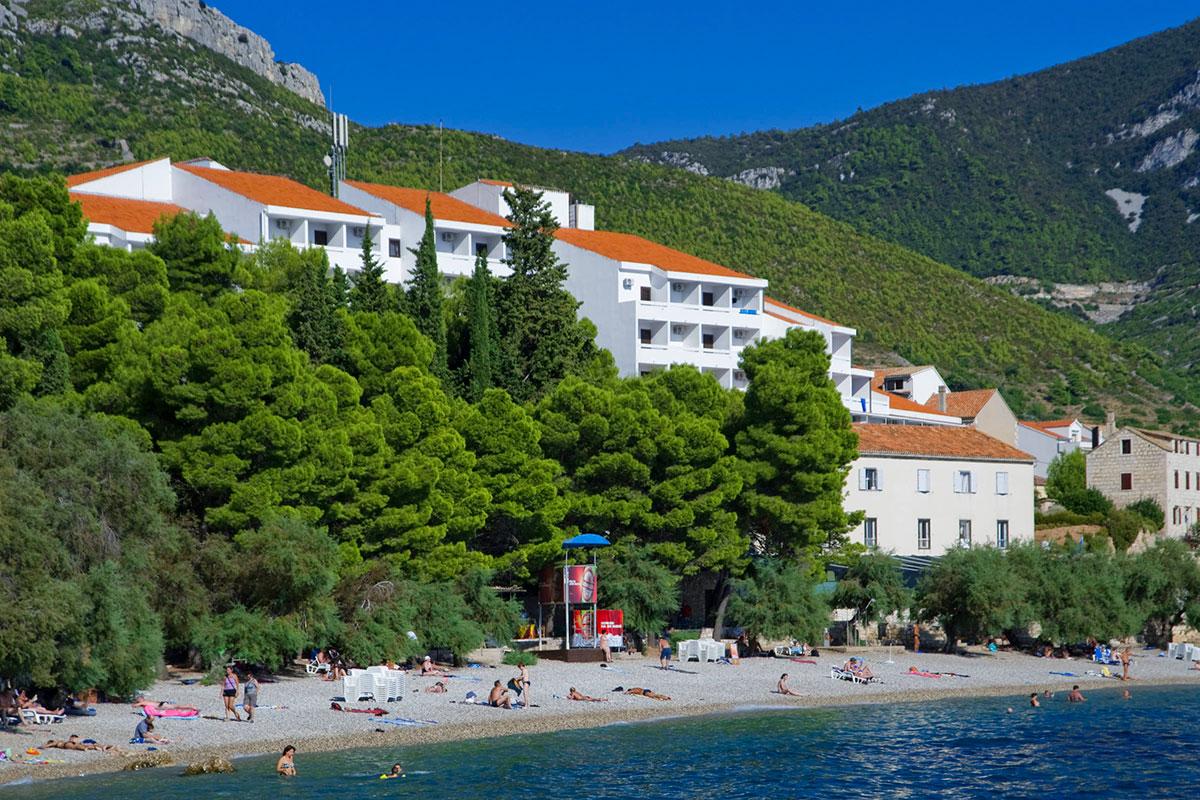 Gusarica Beach and Hotel Biševo that rises behind it